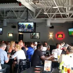 Captains Sports Lounge & Grill