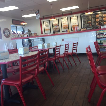Firehouse Subs 59th Ave & Thunderbird