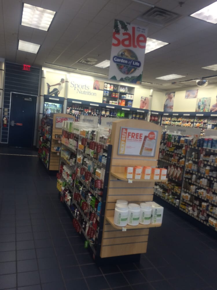 Vitamin Shoppe 7708 W Bell Rd #150, Glendale