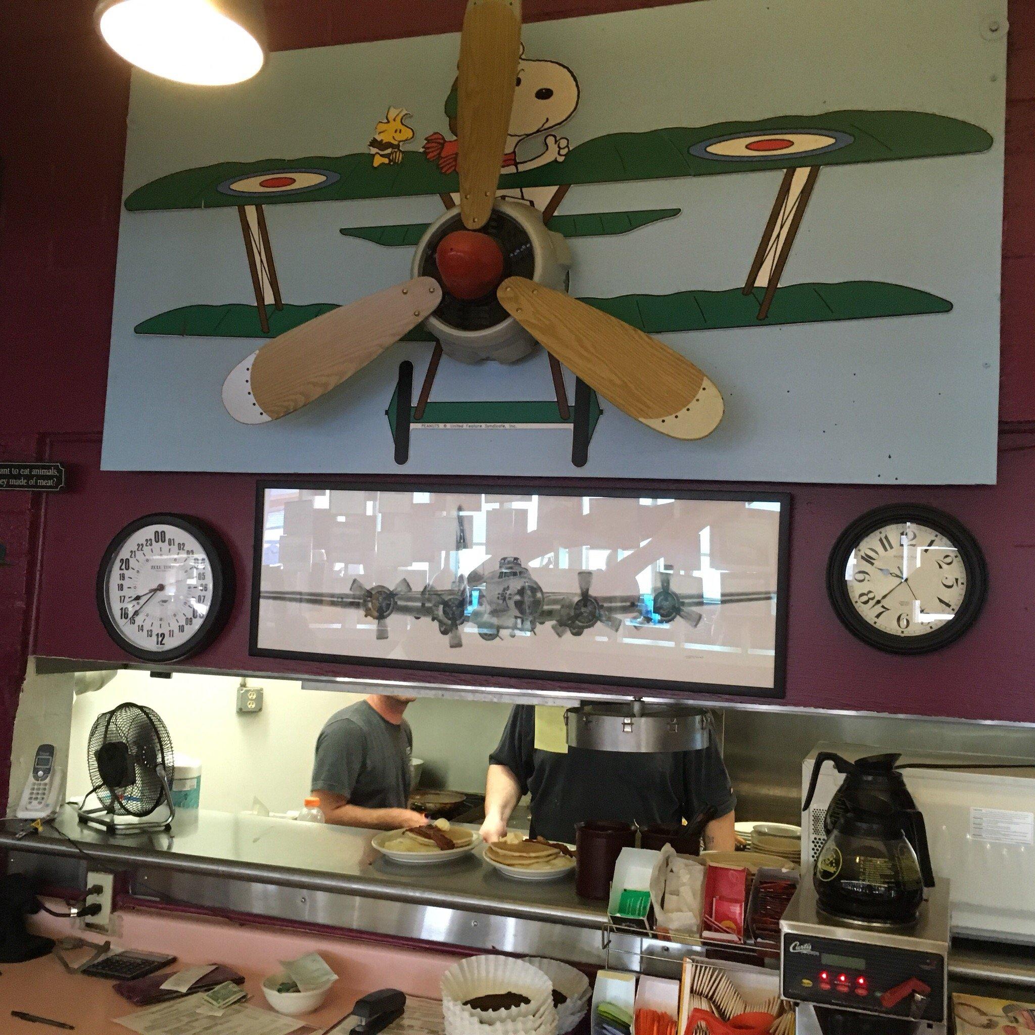 Susie's Skyway Restaurant 6500 Mac Curdy Dr, Prescott