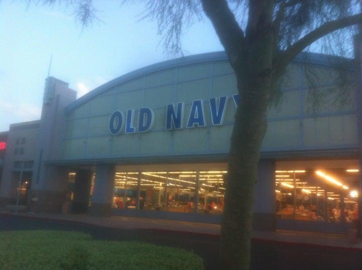 Old Navy 16251 N Scottsdale Rd, Scottsdale