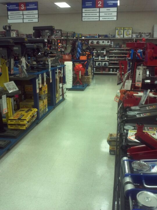 Harbor Freight Tools 1860 E Warner Rd #103, Tempe