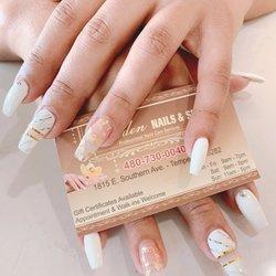 Golden Nails & Spa