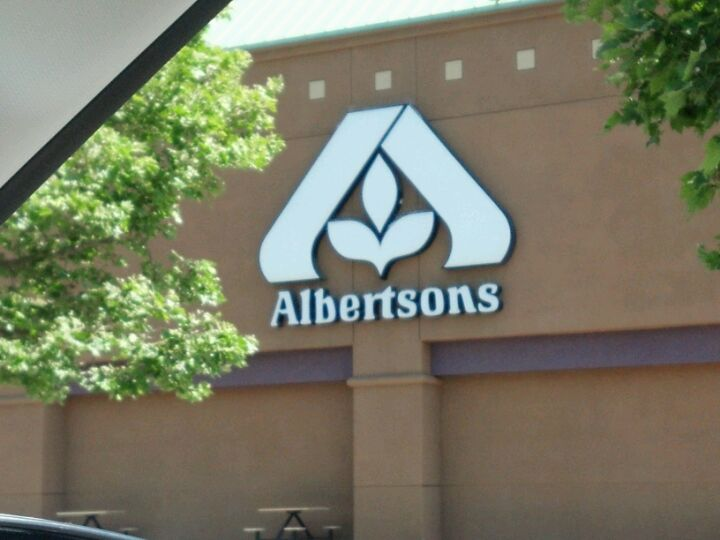 Albertsons 2400 W Commonwealth Ave, Alhambra