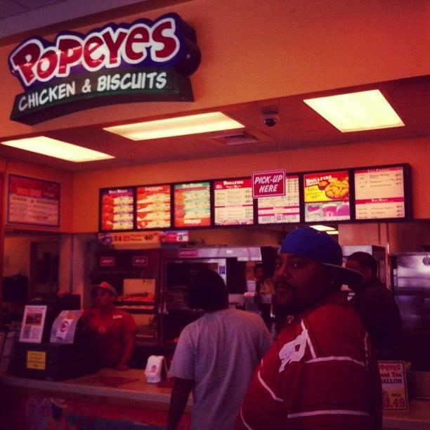 Popeyes Louisiana Kitchen 5552 S Wheeler Ridge Rd, Arvin