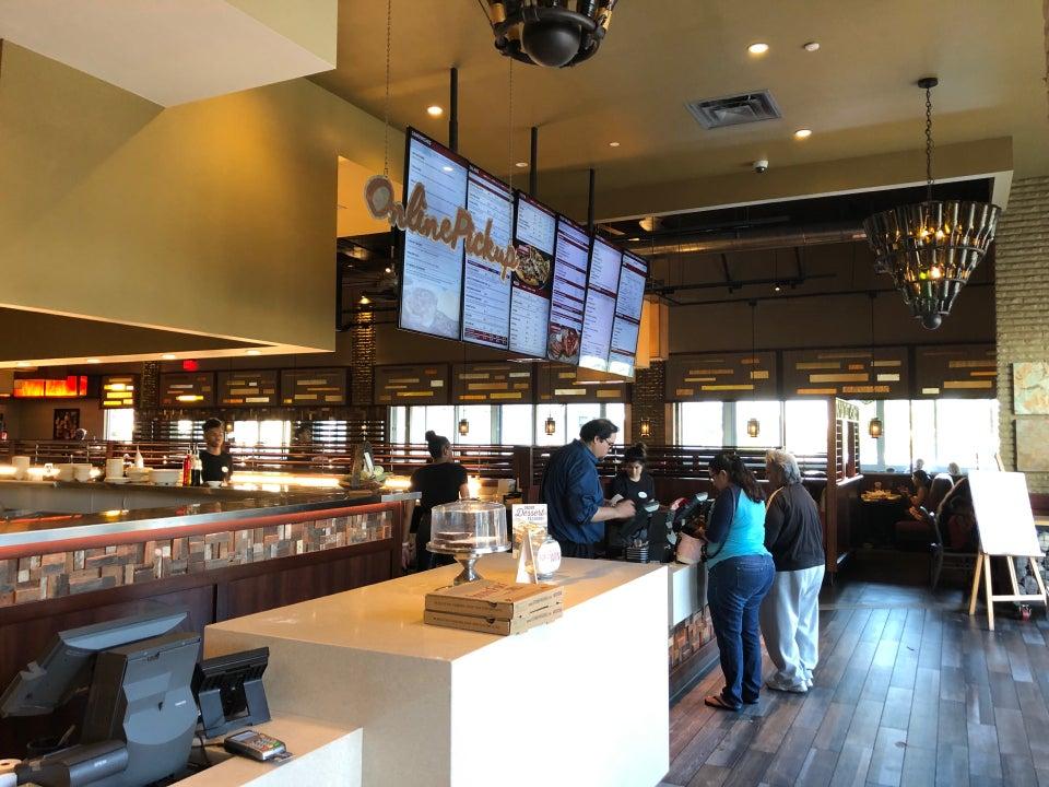 STONEFIRE Grill 4325 Del Amo Blvd, Lakewood