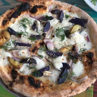 WOOD Silver Lake Pizza & Pasta