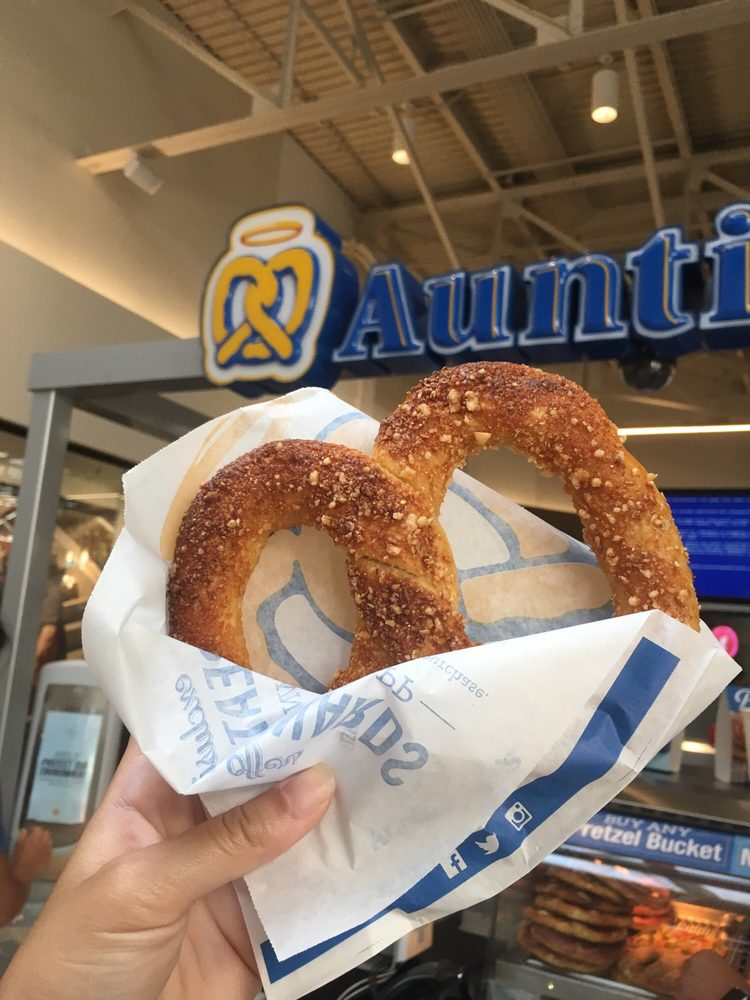 Auntie Anne's 172 Great Mall Dr, Milpitas