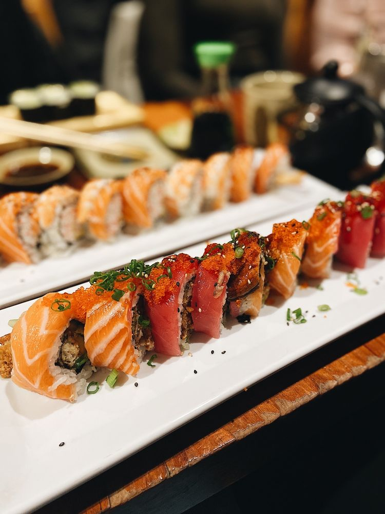 RnR Sushi & Bowls 4151 Piedmont Ave, Oakland