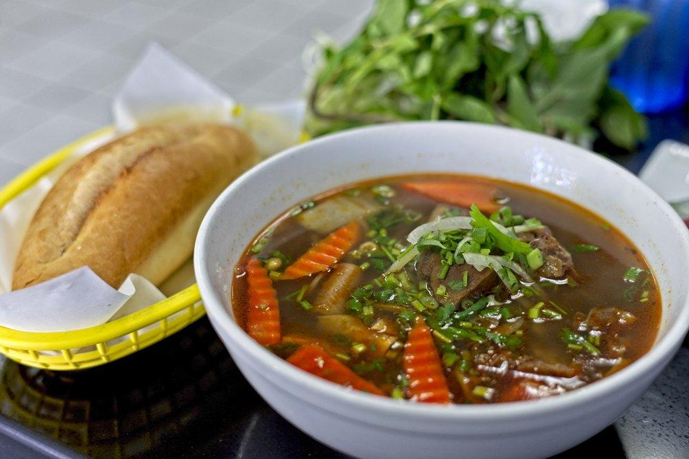 Phở Vy Vietnamese Cuisine 401 International Blvd, Oakland