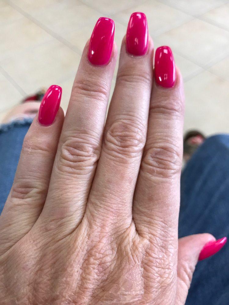 Top Nails 2591 E Vineyard Ave, Oxnard