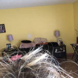 Loretta's Hair Styling