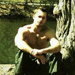 Aaron Flynn ELITE- In Studio & Mobile Massage