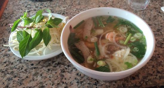 Huong Tra Restaurant