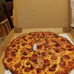 Q's Halal Pizza