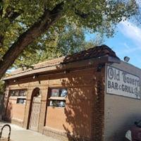 Old Tavern Bar & Grill
