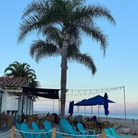Shoreline Beach Cafe