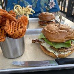 Mesa Burger - Montecito
