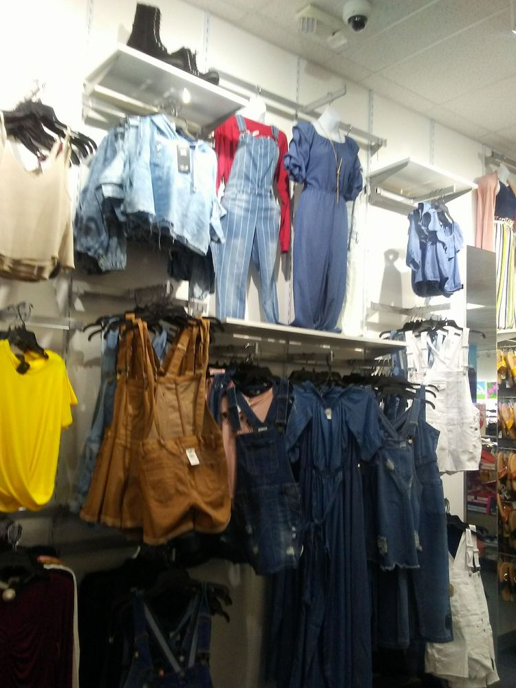 Rainbow Shops Stockton