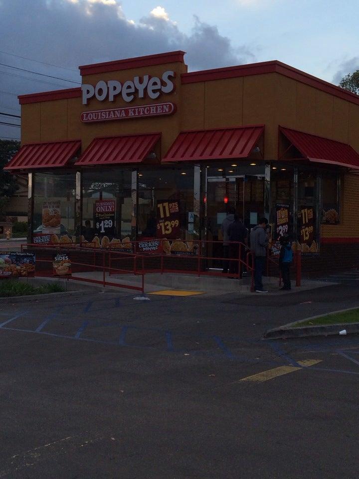 Popeyes Louisiana Kitchen 961 Sepulveda Blvd, Torrance