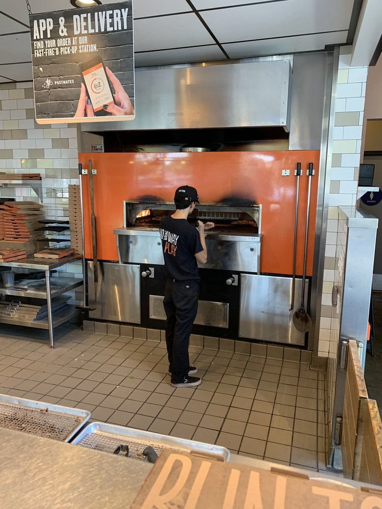 Blaze Pizza 120 S California Ave, West Covina