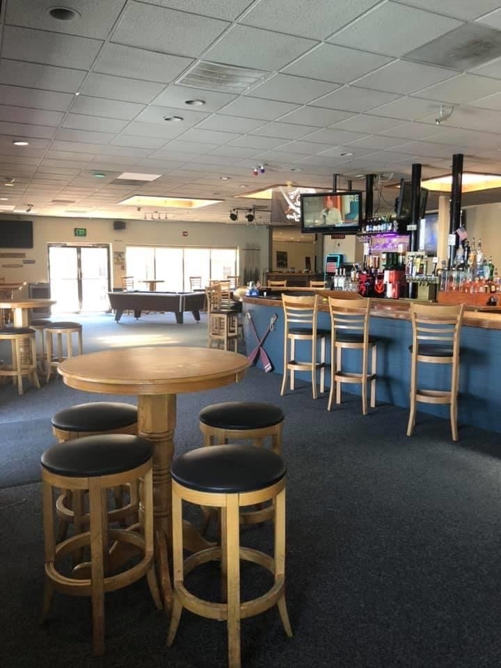 Sirens Bar & Grill