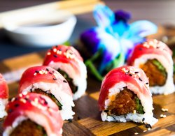 IMM on H Thai and Sushi Bar