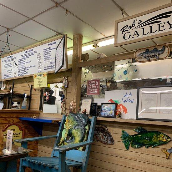 Ward's Seafood Market & Take-Out