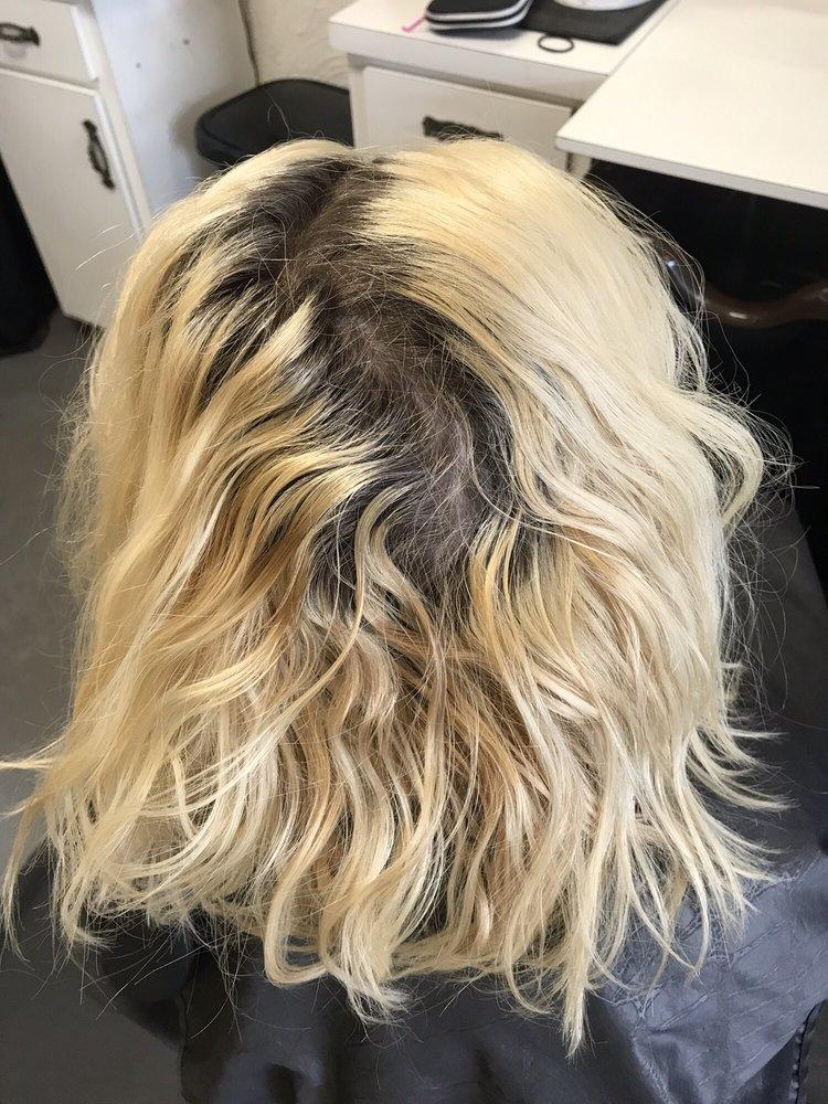 Too Blonde Salon