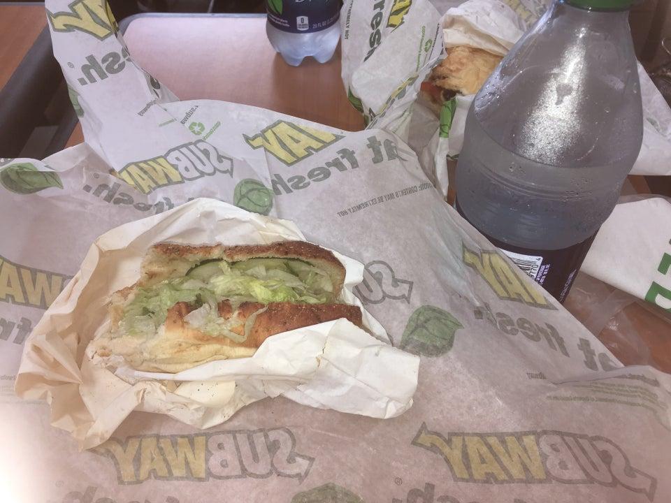Subway Estero