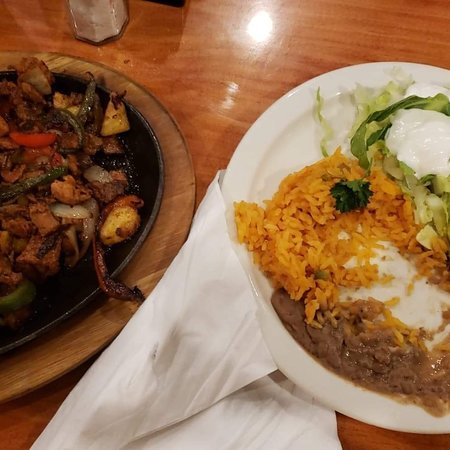 Los Cabos Mexican and Cuban Cuisine