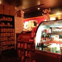 Pom Pom's Teahouse & Sandwicheria