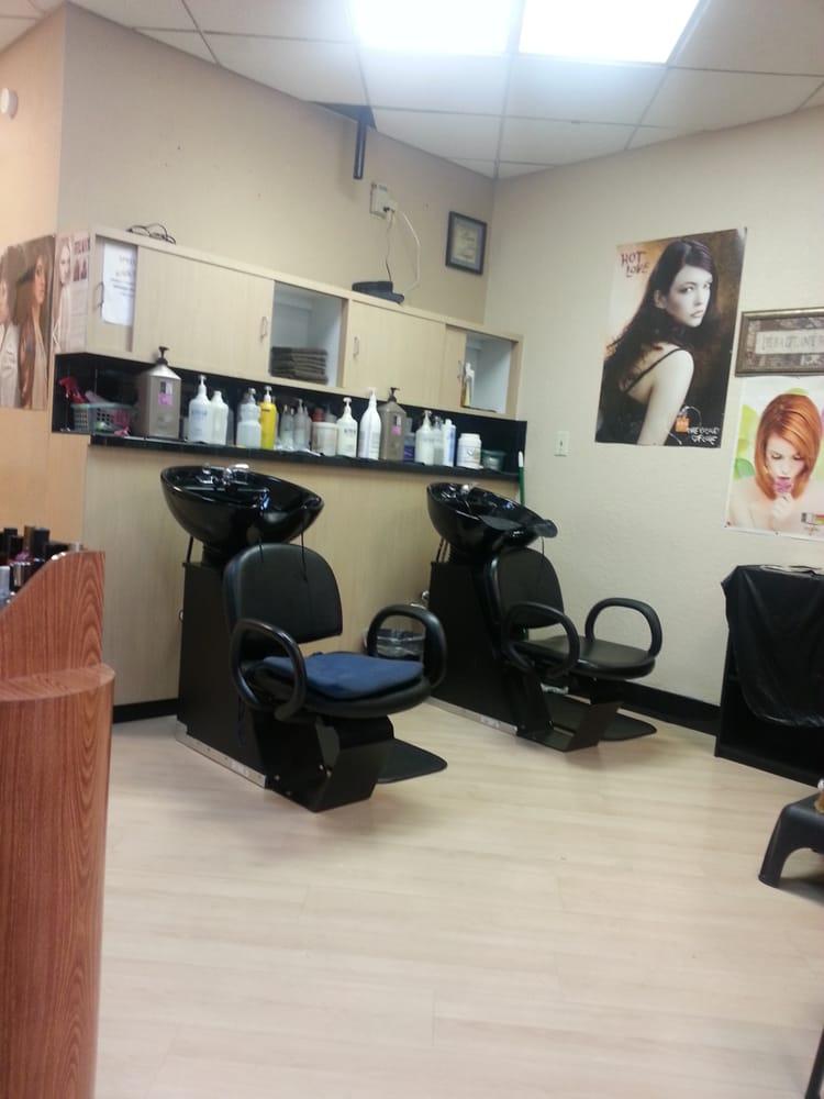 Las Dominicanas Unisex Hair Salon