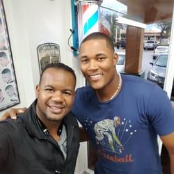 D'Carlos Barber Shop