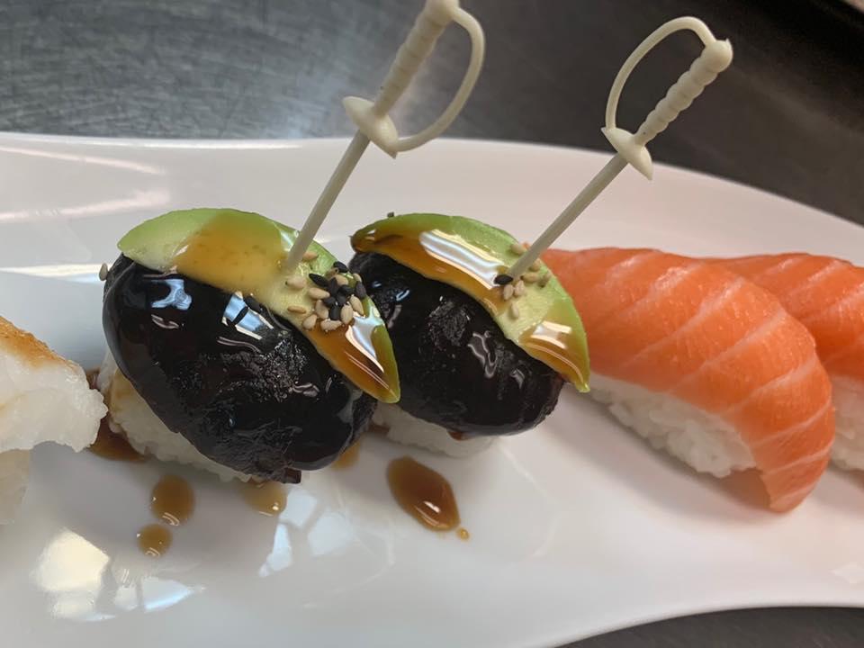 Rain Japanese Sushi Bar & Thai 5267 Park St N, St. Petersburg