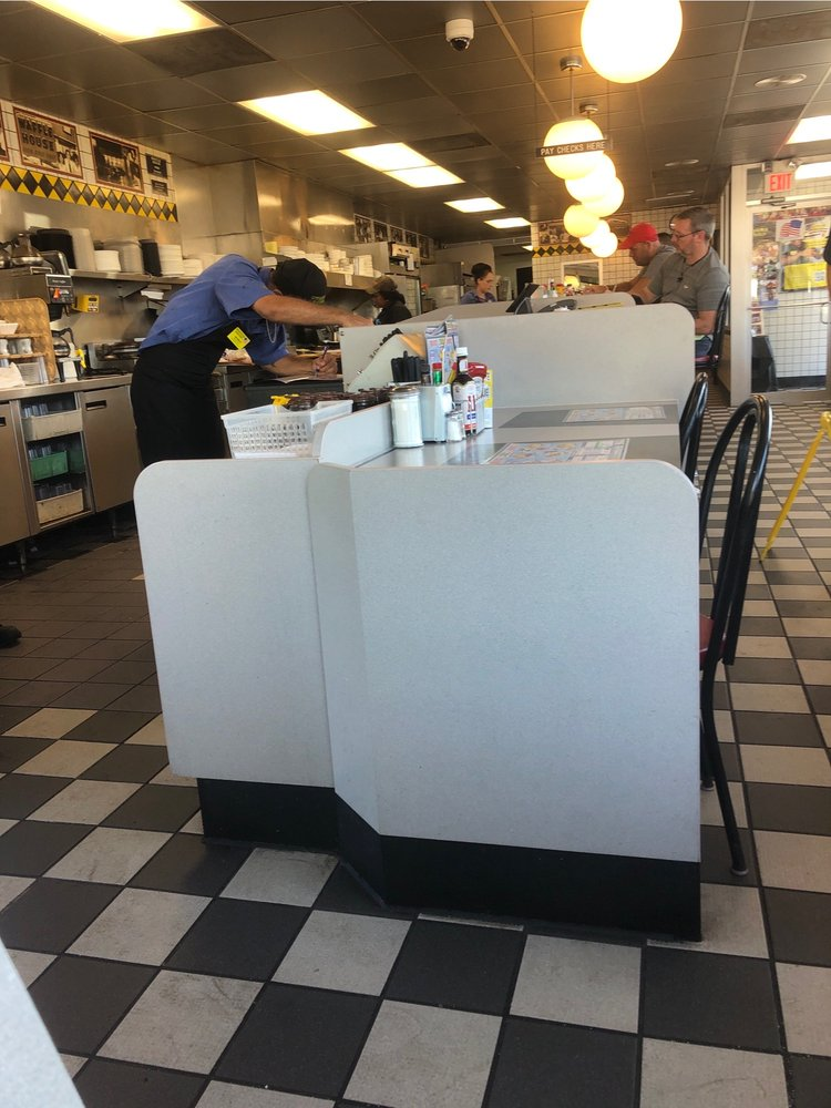 Waffle House 2525 54th Ave N, St. Petersburg