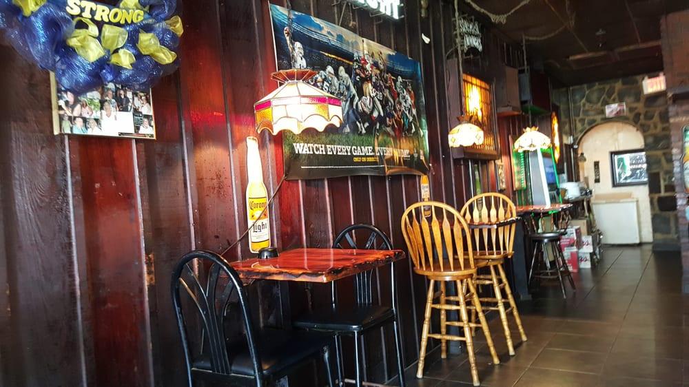 Fountains Lounge Bar 4709 N Ocean Dr, Sea Ranch Lakes