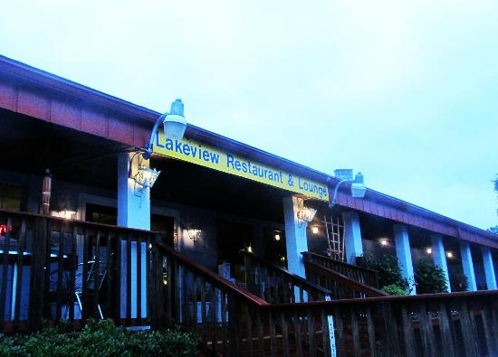 Dimitri's Restaurant, Pizza Kitchen and Its 5 O'clock Somewhere Bar
