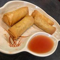 Rolling Wok Cafe