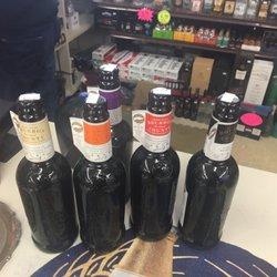 Mo's Liquor