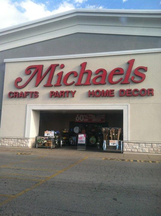Michaels 6301 E State St, Rockford