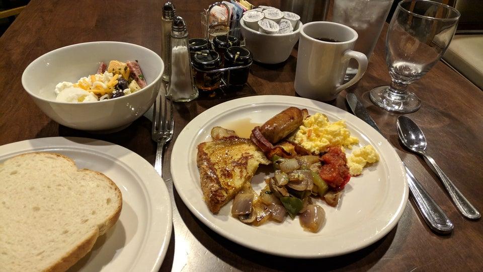 Chicago Fire Oven Restaurant 5440 N River Rd, Rosemont