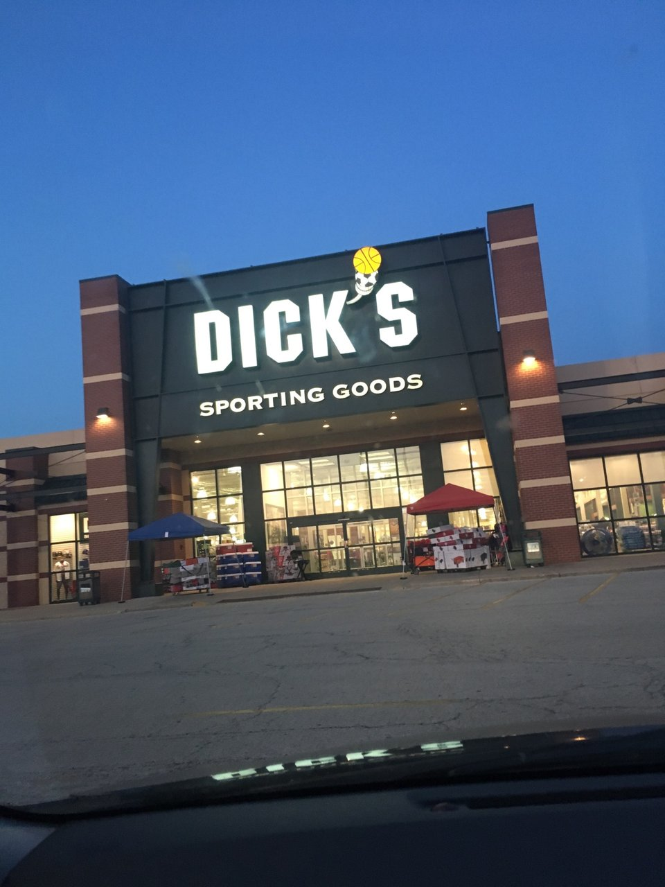 DICK'S Sporting Goods 2501 W Wabash Ave, Springfield