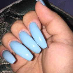 Lily Nails