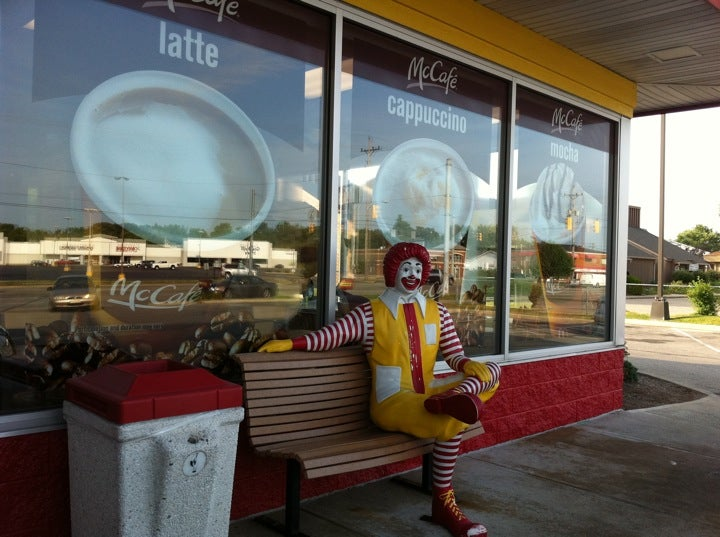 McDonald's 1720 S Memorial Dr, New Castle