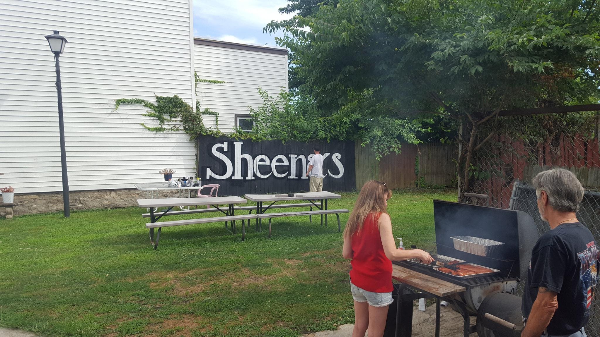 Sheena's Cafe Llc 802 Isabella St, Newport