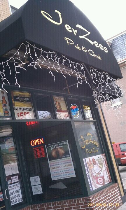 JerZees Pub & Grub 708 Monmouth St, Newport