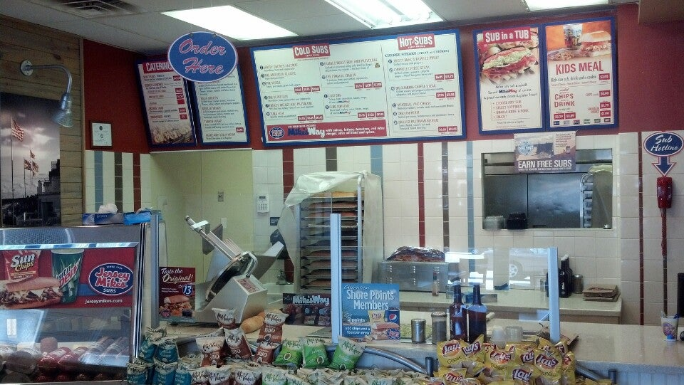 Jersey Mike's Subs 86 B Carothers Rd Newport Plaza Shopping Center, Newport