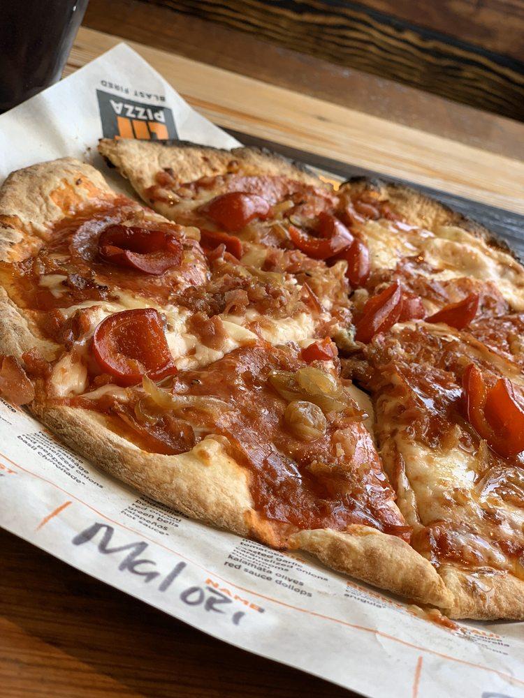 Lit Pizza 447 Oak Plaza Blvd, Brusly