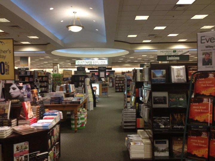 Barnes & Noble 5705 Johnston St, Lafayette